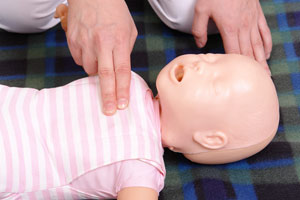 infant cpr practice